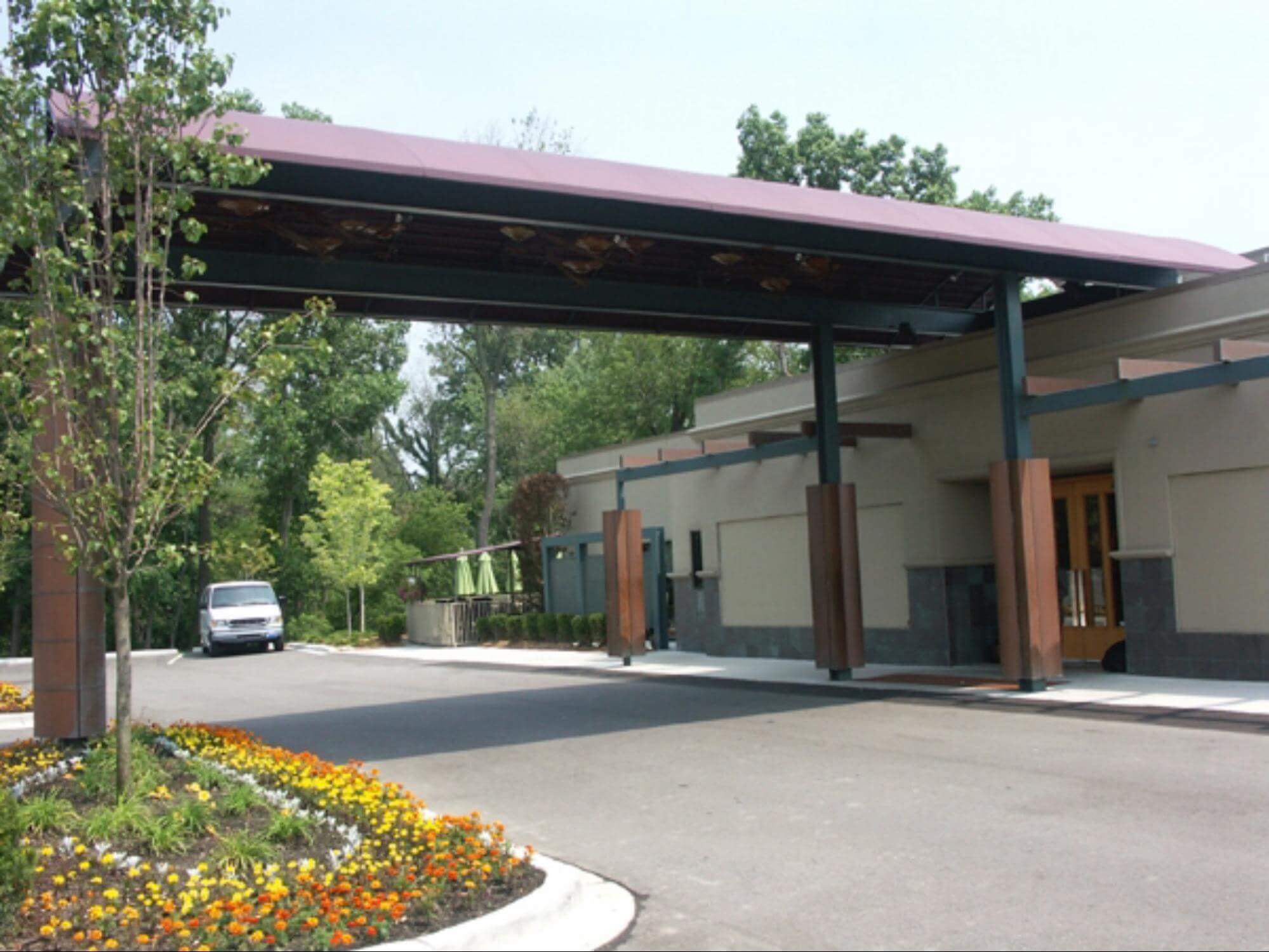 Commercial awning - Toledo Ohio - The Keys restaurant awning - Marygrove Awnings
