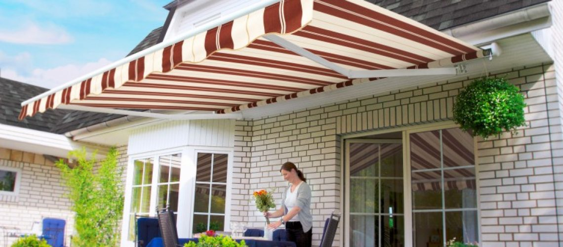 Page3-lady-under-awning_WH_NaturalCabernet-e1465909647139-767x400